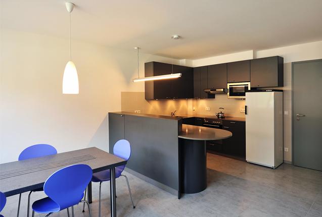 guest house kitchen. Gallery Guest House At Kiellinie Kitchen E